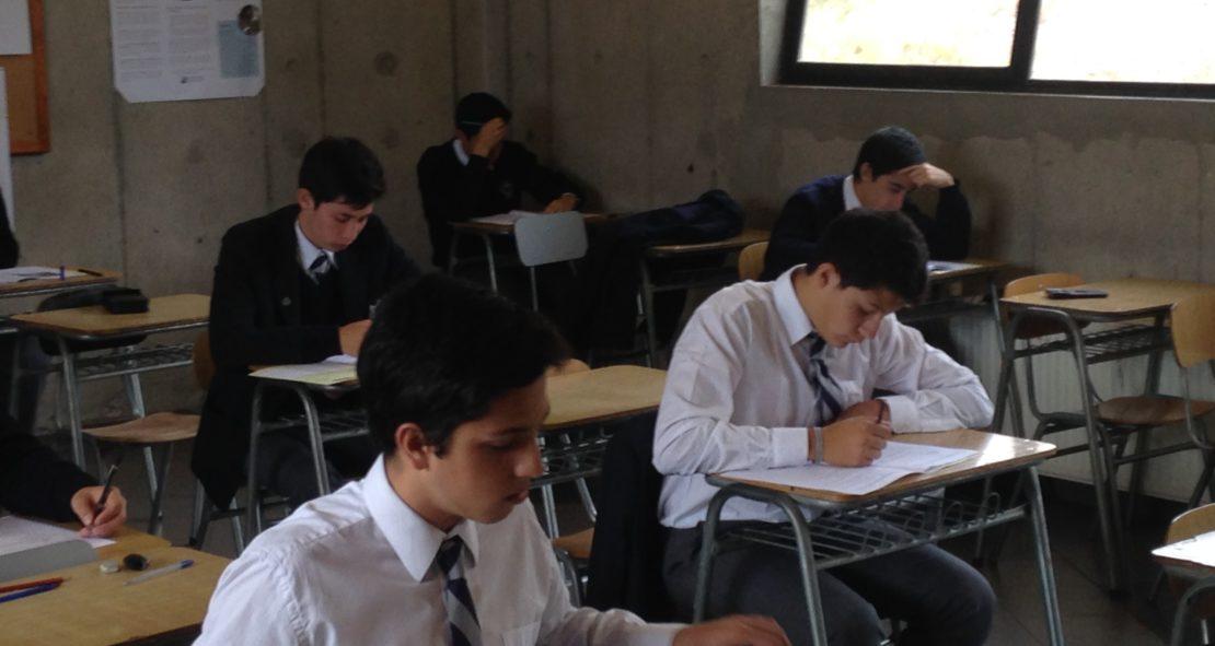 Alumnos de Cuarto Medio en Exámenes del Diploma IB