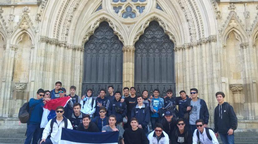 Destacan a estudiantes que regresaron de gira al Reino Unido