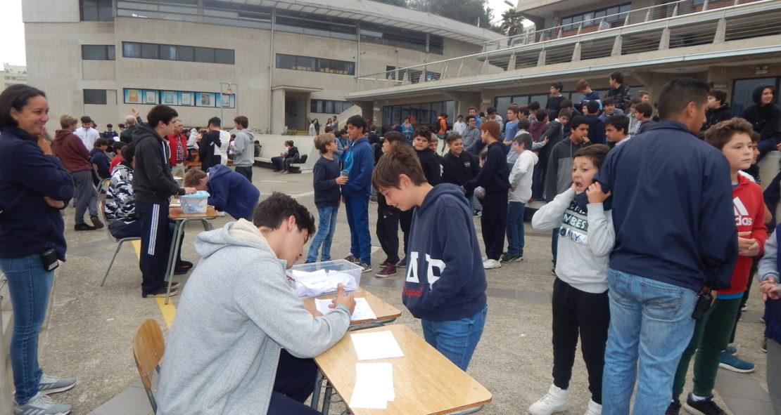 Ejemplar conducta cívica de alumnos en elecciones CEAL